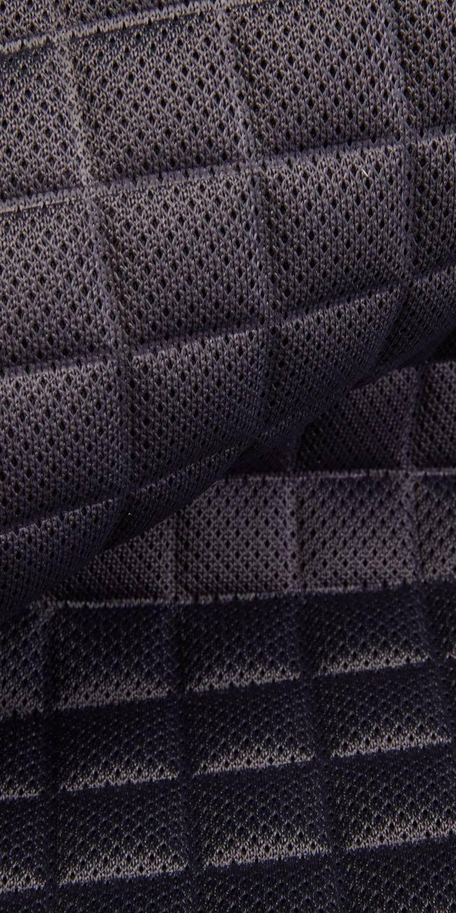 itar-blog-effetto3D-termoformati-termoformato-blu-scuro-654x1308